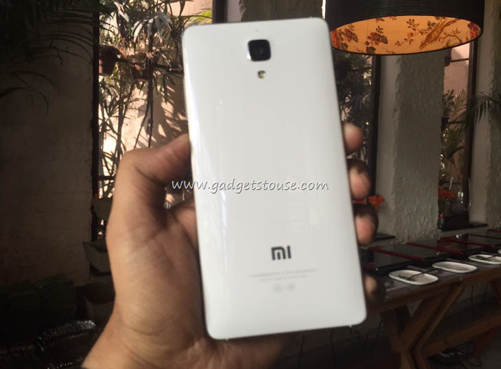 Xiaomi Mi4 Hands On Photo Gallery And Video