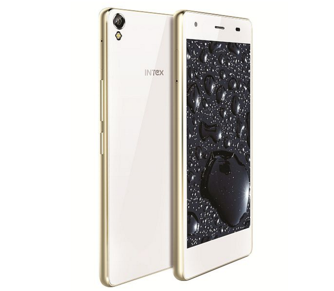 Intex Cloud Flash
