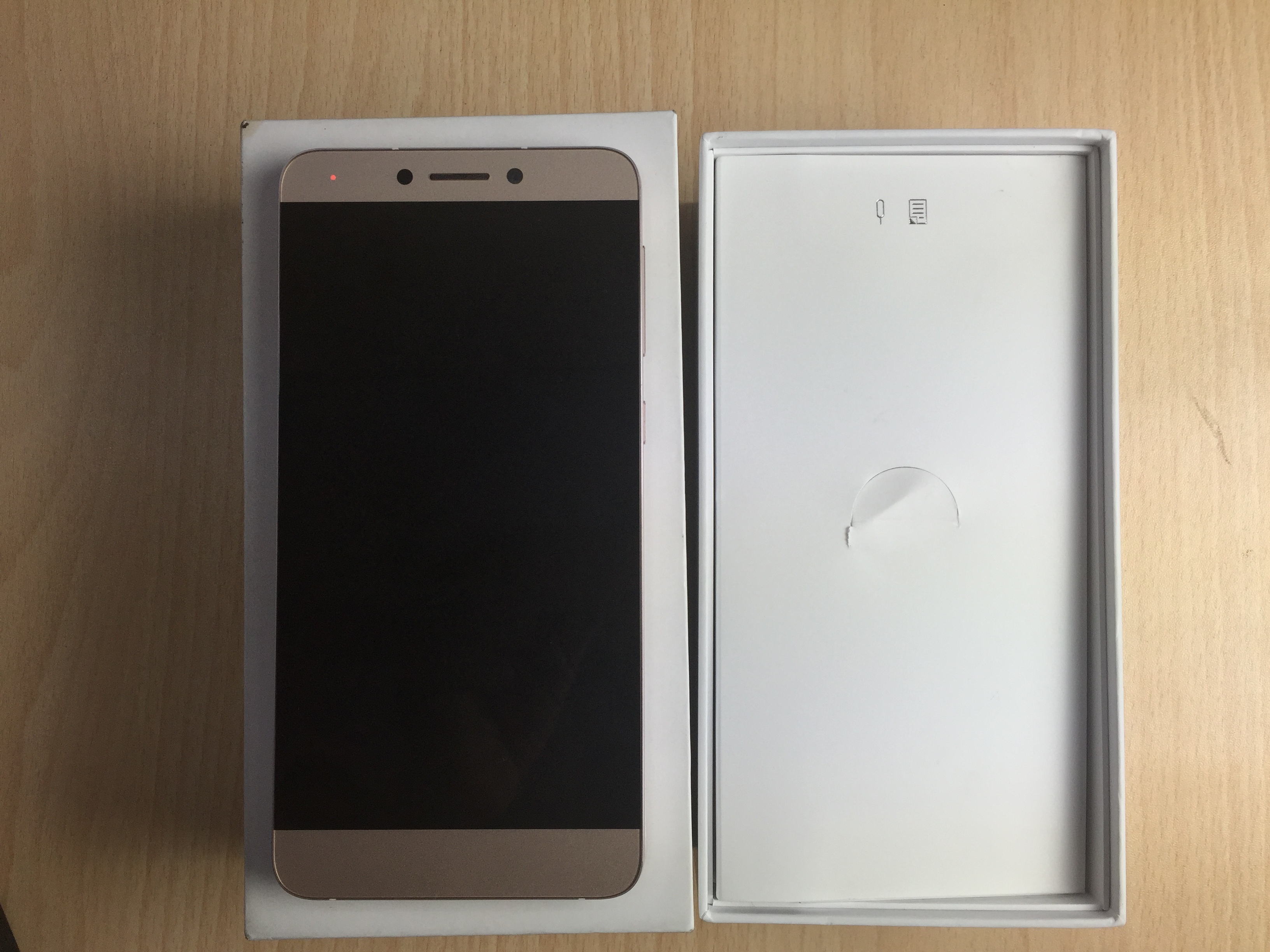 LeEco Le 1s Unboxing, Quick Review, Gaming and Benchmarks - Gadgets