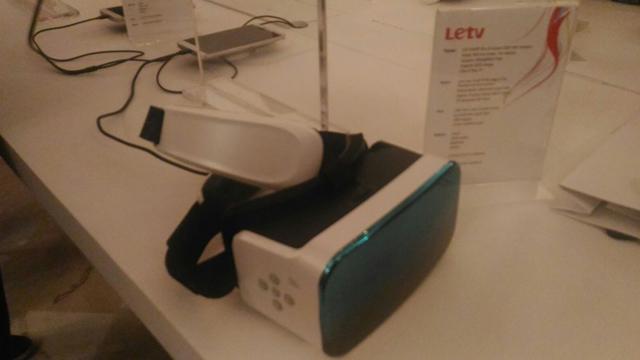 le 3d headset