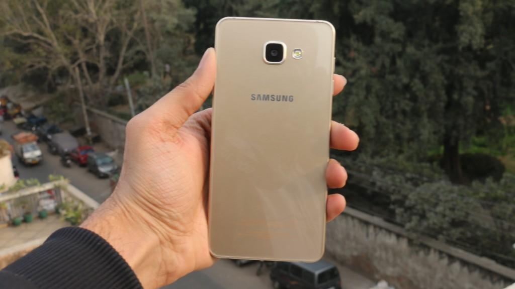 Samsung Galaxy A7 2016 (6)