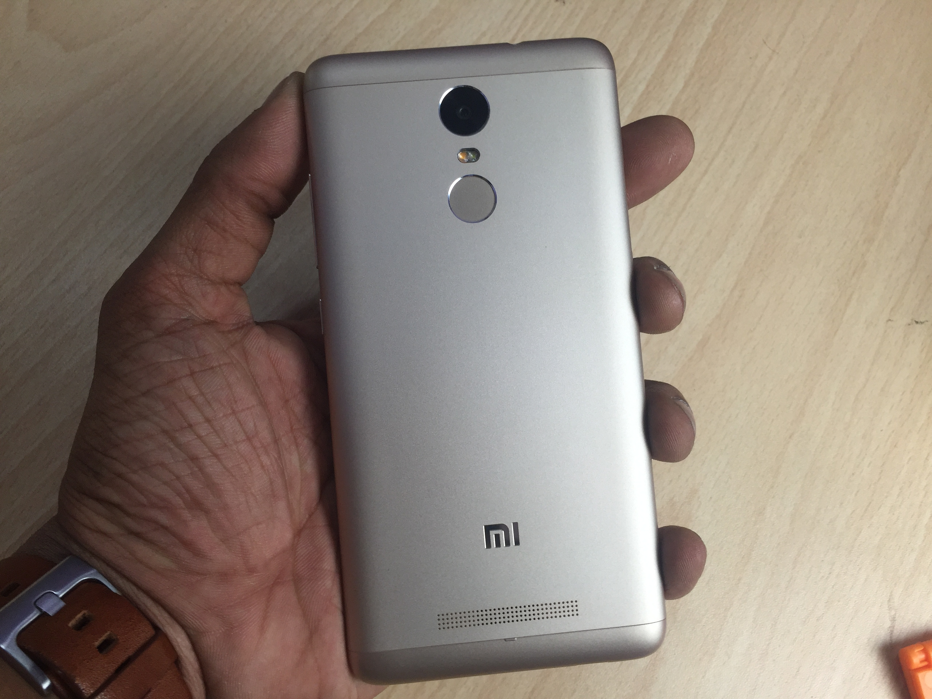 Xiaomi Redmi Note 3 With Metal Body And Fingerprint