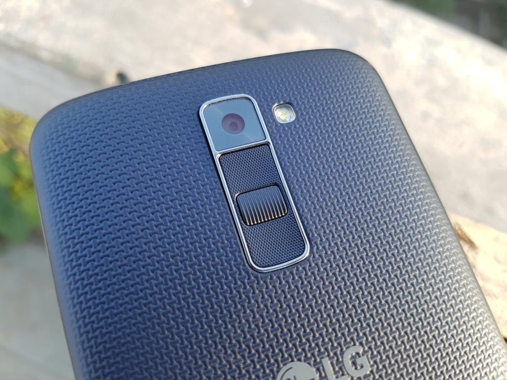 LG K10 LTE: reviews about the product
