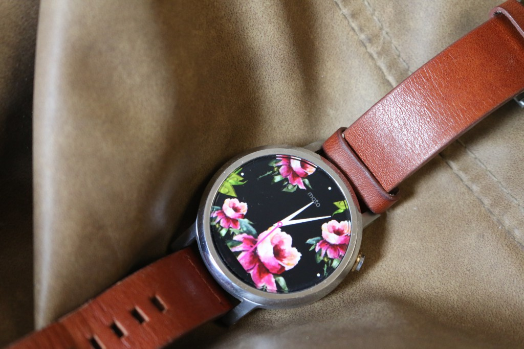 cc1202d951e Moto 360 2nd Gen Review - Stylish and Costly Style To Own - Gadgets ...