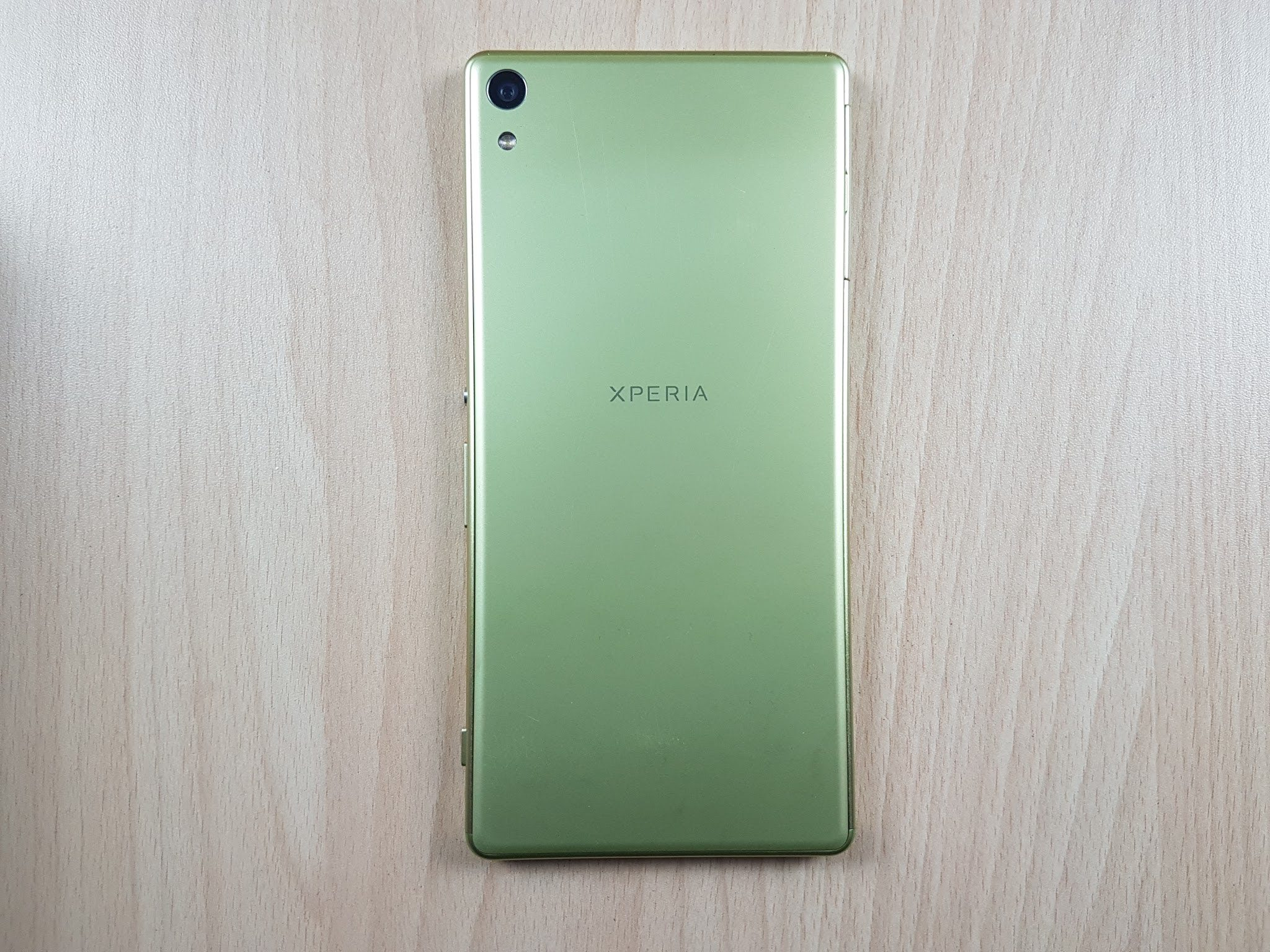 Sony Xperia Xa Ultra Unboxing Quick Review And Gaming