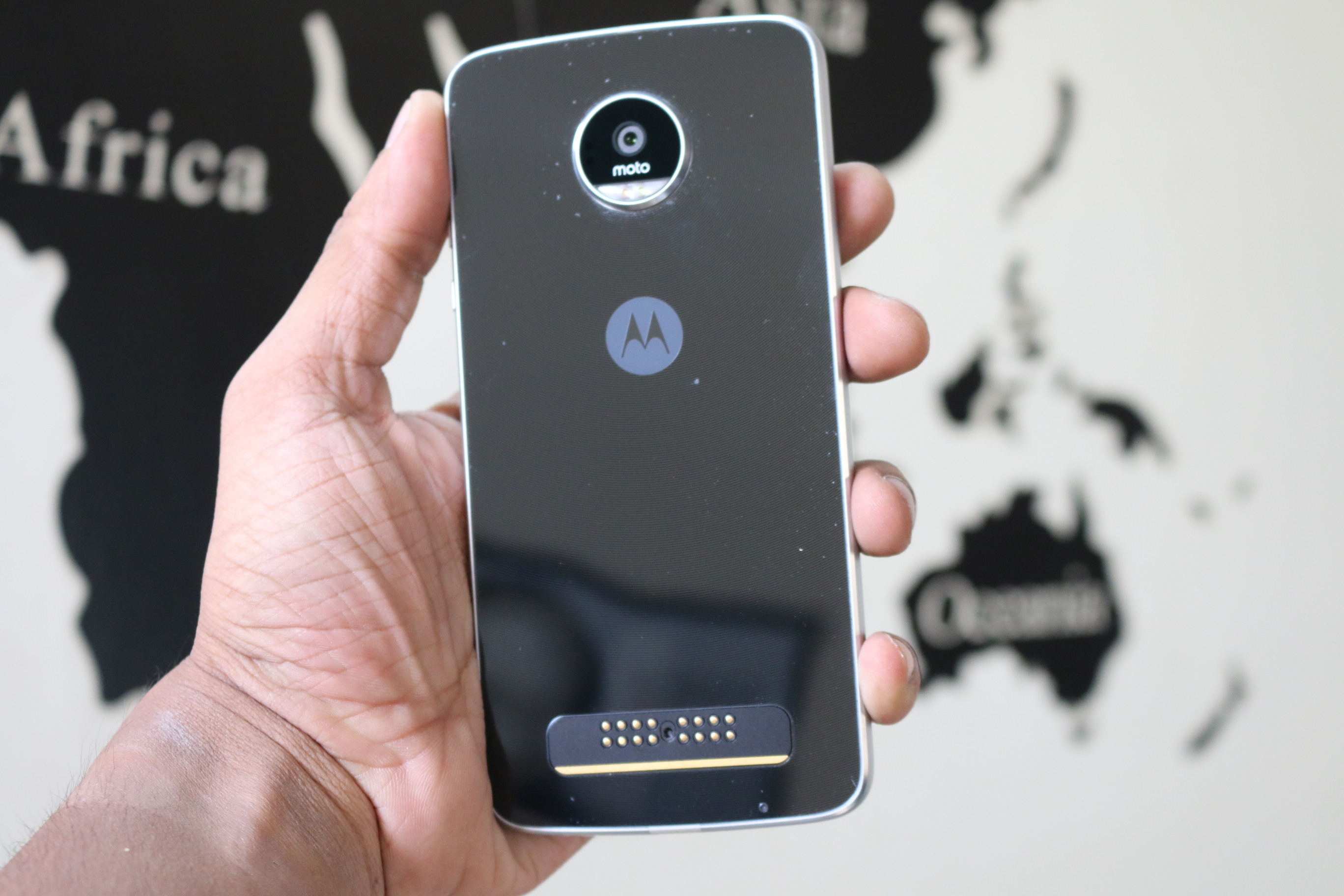 Moto z moto z play now available in india price specifications and - Moto Z Play