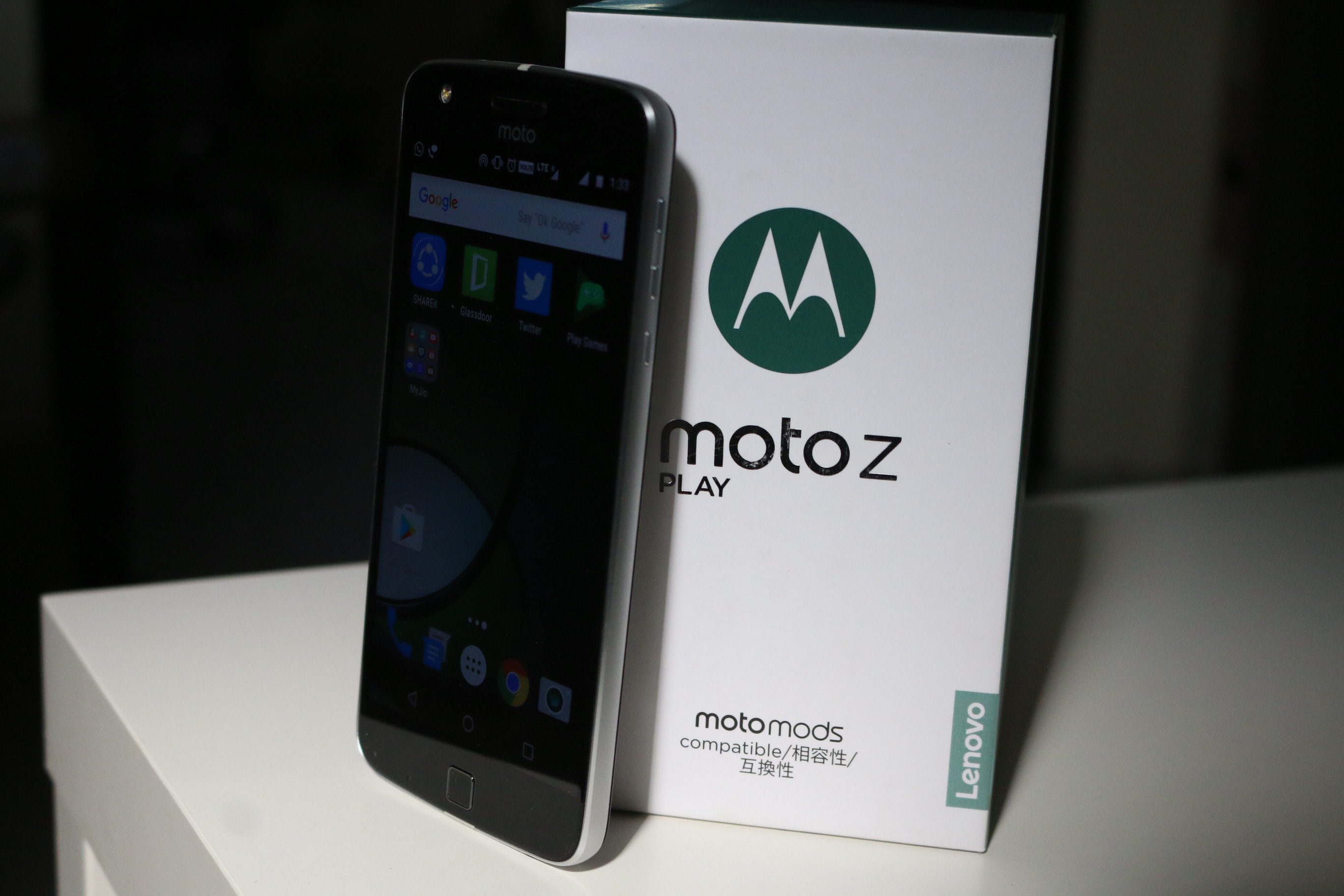 Moto Z Play Unboxing Quick Review Gaming Battery And