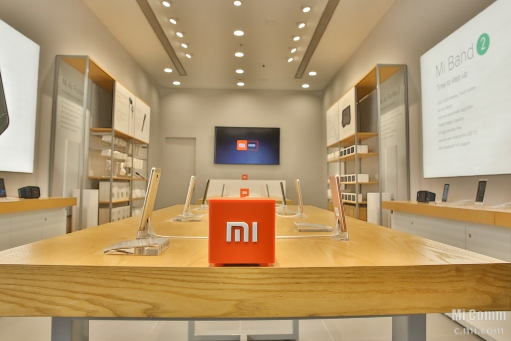 india 39 s first mi home store to open on may 20 in bengaluru. Black Bedroom Furniture Sets. Home Design Ideas