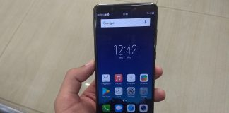Vivo V7+ Display