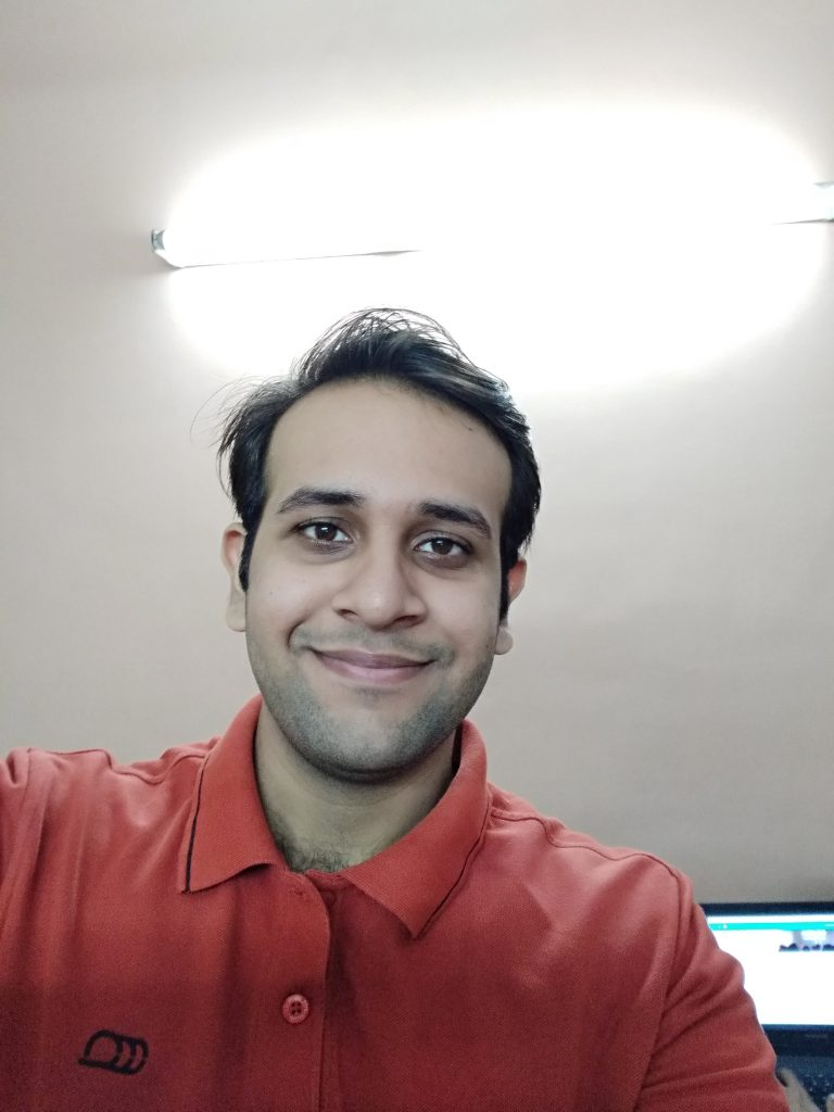 Xiaomi Redmi Y1 selfie sample- artificial light 2