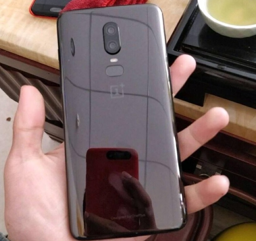 OnePlus 6 leaked images design