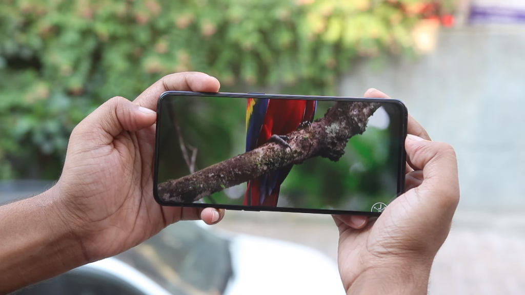 Things to Check Before Buying a New Phone This Diwali