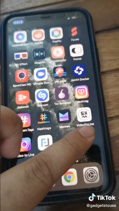 Set Video Wallpaper On iPhone