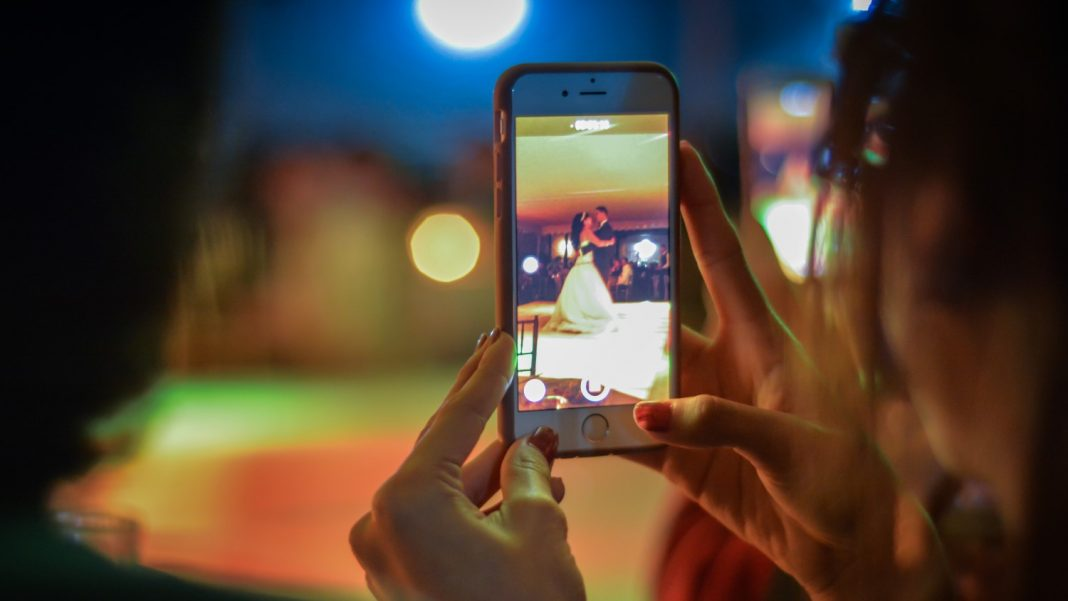 Remove Light Flickering While Recording Video On iPhone